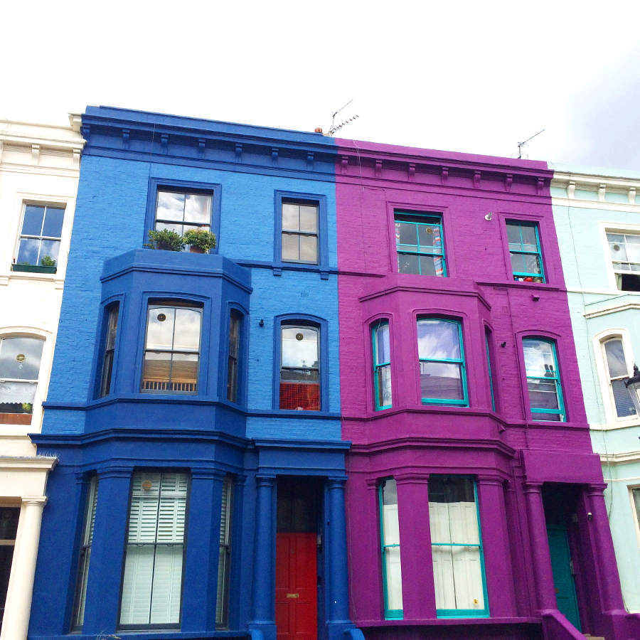 BY CHILL TRAVEL Brigth coloured houses in London's Notting Hill